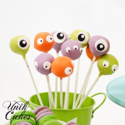 1st-birthday-cake-pops-little-monsters-theme