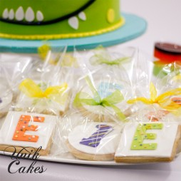 1st-birthday-cookies-little-monsters-theme