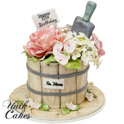 60th-birthday-cake-with-peony-and-hydrangeas