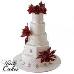 Black-magic-rose-wedding-cake