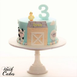 farm-animals-3rd-birthday-cake
