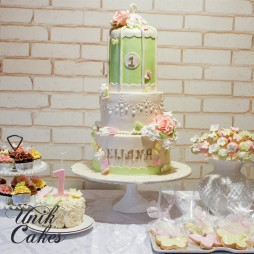 dessert-table-for-elianas-1st-birthday