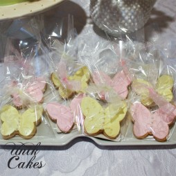 dessert-table-for-elianas-1st-birthday-cookie-favors