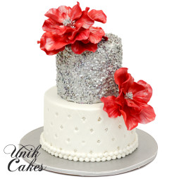 silver-sequins-with-quilted-design-and-red-flower