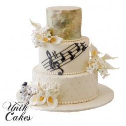 two-mice-and-music-notes-cake