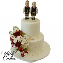 wedding-cake-with-two-Scotts