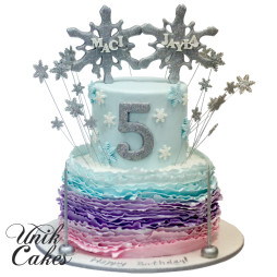 winter-wonderland-cake-for-Mayla-and-Maci